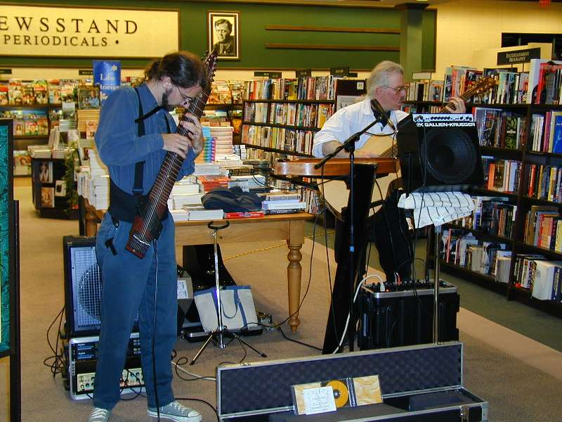 Cliff and Stuart play at Barnes and Noble